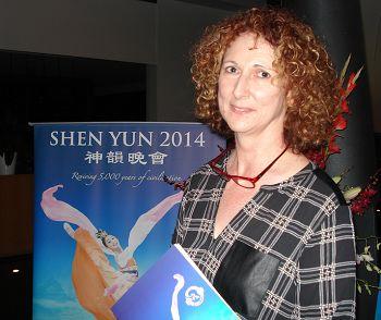 2014-4-18-minghui-shenyun-australia-07