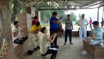 2014-11-8-minghui-falun-gong-bangladeshi-02