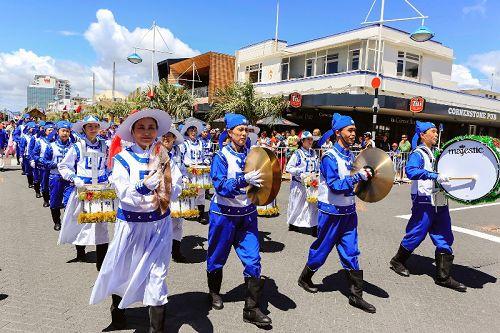 2014-12-9-minghui-falun-gong-newzealand-02