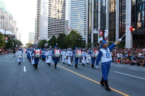 2015-7-2-minghui-falun-gong-vancouver-07